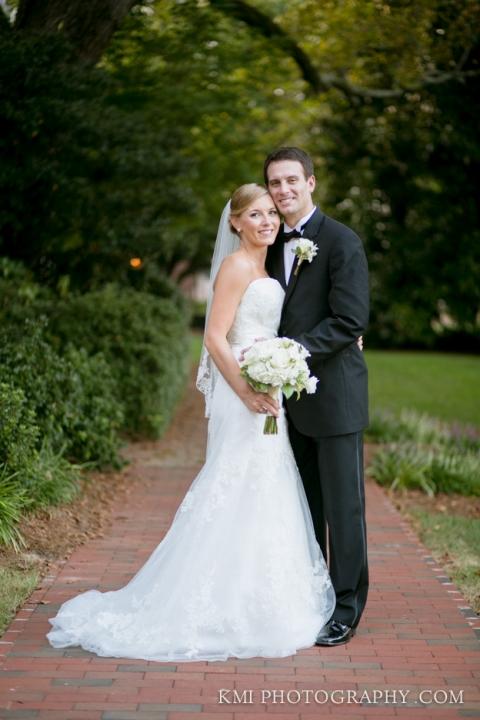 Carolina Inn Wedding Photos Chapel Hill NC | www.kmiphotography.com | North Carolina Wedding Photographers