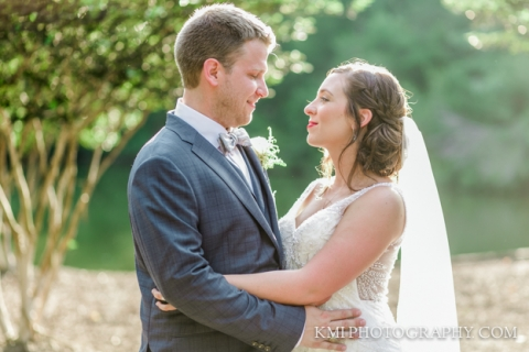 river landing wedding photographers